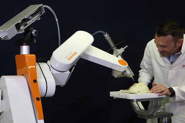 Projeto europeu busca inovação para a robótica aplicada à Saúde